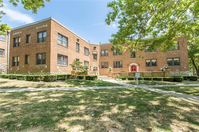 4515 Roanoke Parkway #1, Kansas City, MO 64111 (#2142762) :: No Borders Real Estate