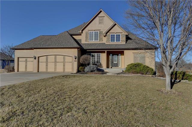 15220 Linden Court, Bonner Springs, KS 66012 (#2142909) :: Team Real Estate