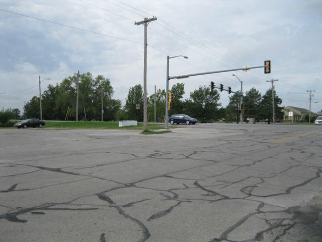 112 E 17th Street, Ottawa, KS 66067 (#2142944) :: Edie Waters Network