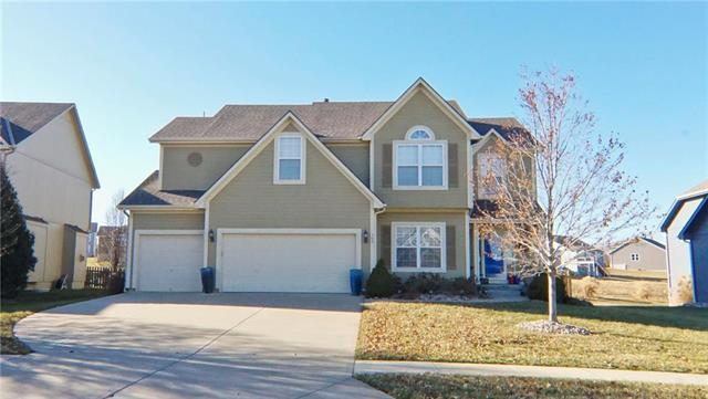 508 SW Gentry Lane, Lee's Summit, MO 64081 (#2142993) :: Ask Cathy Marketing Group, LLC