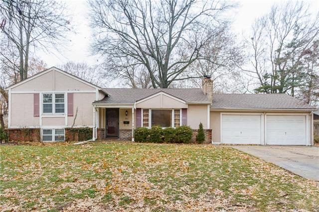 7810 Booth Street, Prairie Village, KS 66208 (#2143003) :: The Gunselman Team