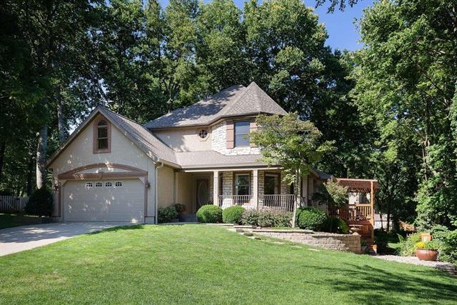15608 Reeds Street, Overland Park, KS 66223 (#2143010) :: Edie Waters Network