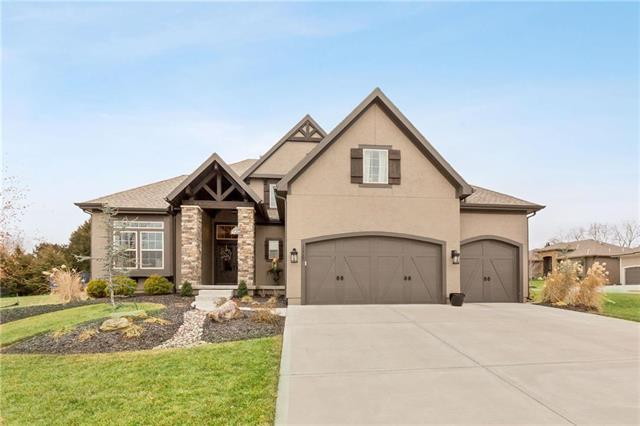 12287 S Mesquite Street, Olathe, KS 66061 (#2143188) :: Edie Waters Network
