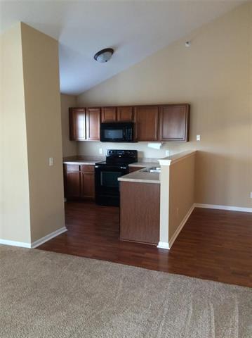 5501 NE 80th Terrace 3D, Kansas City, MO 64119 (#2143210) :: No Borders Real Estate