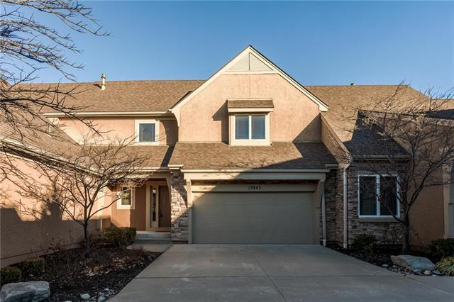 13943 S Summit Street, Olathe, KS 66062 (#2143365) :: Eric Craig Real Estate Team