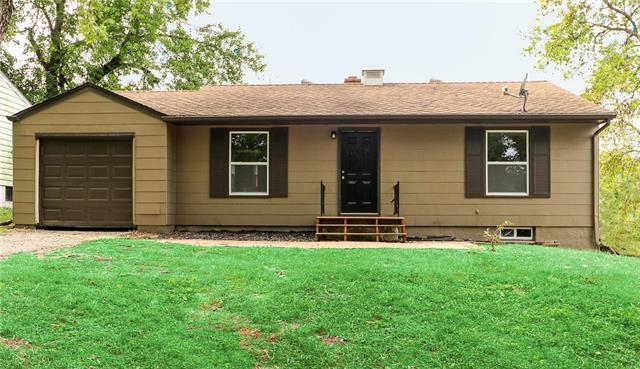 2824 Mason Avenue, Independence, MO 64052 (#2143477) :: Edie Waters Network