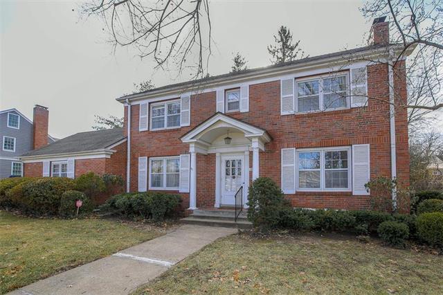 1017 W 67th Street, Kansas City, MO 64113 (#2143553) :: No Borders Real Estate