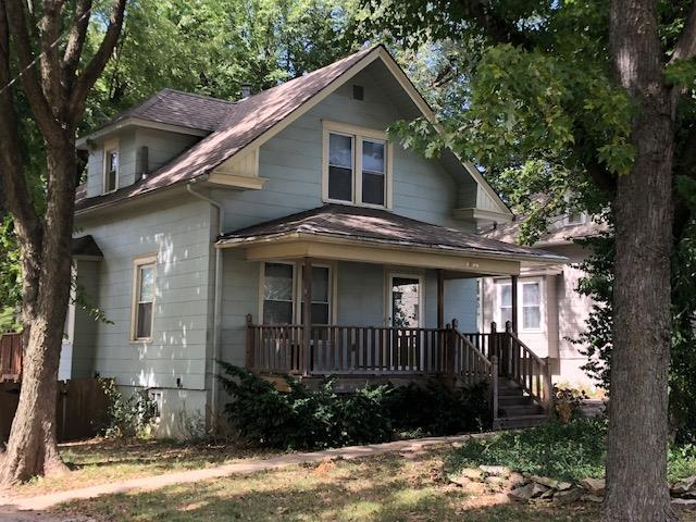 1826 S Hedges Avenue, Independence, MO 64052 (#2143770) :: Edie Waters Network
