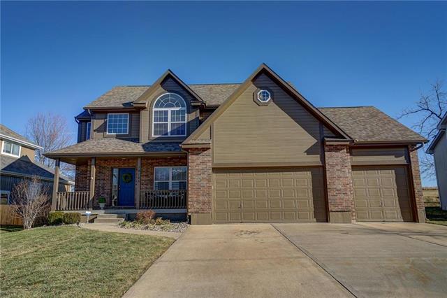 18125 Rollins Drive, Smithville, MO 64089 (#2143793) :: Kansas City Homes