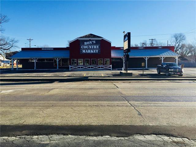 701 6th Street, Osawatomie, KS 66064 (#2143918) :: Kansas City Homes