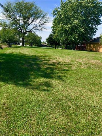 6691 Shawnee Lane, Ozawkie, KS 66070 (#2144122) :: No Borders Real Estate