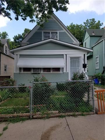 3832 Roberts Street, Kansas City, MO 64124 (#2144194) :: Edie Waters Network