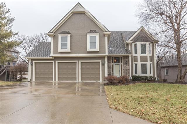 5617 Meadow Lake Street, Parkville, MO 64152 (#2144210) :: The Gunselman Team