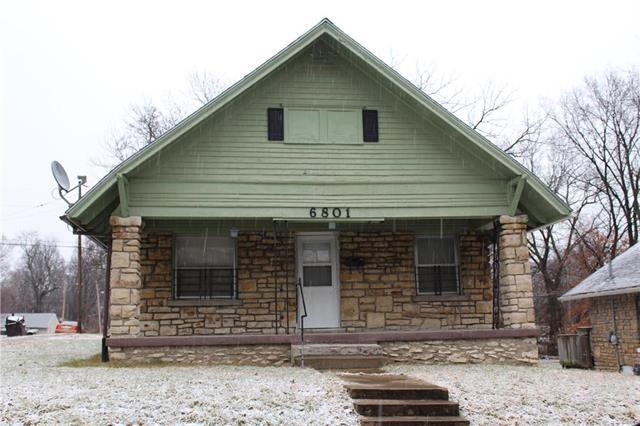 6801 Bales Avenue, Kansas City, MO 64132 (#2144233) :: Eric Craig Real Estate Team