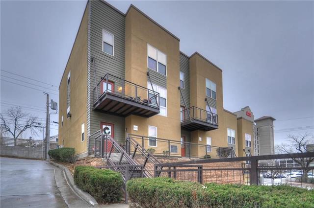 4579 Madison Avenue, Kansas City, MO 64111 (#2144235) :: Team Real Estate