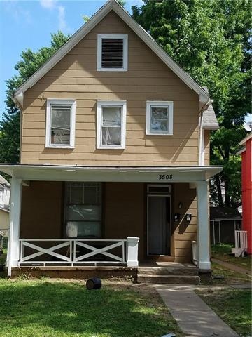 3508 Roberts Street, Kansas City, MO 64113 (#2144261) :: The Gunselman Team