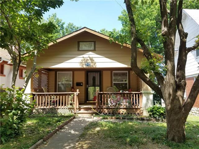 340 Norton Avenue, Kansas City, MO 64124 (#2144267) :: Edie Waters Network