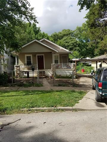 3718 Roberts Street, Kansas City, MO 64124 (#2144281) :: Edie Waters Network