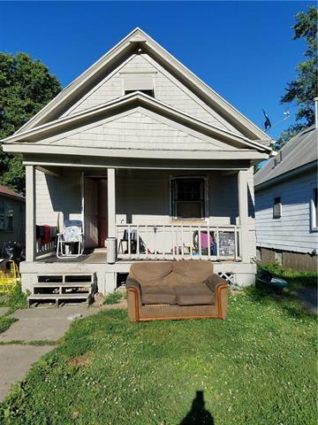 1027 Spruce Avenue, Kansas City, MO 64127 (#2144309) :: Edie Waters Network