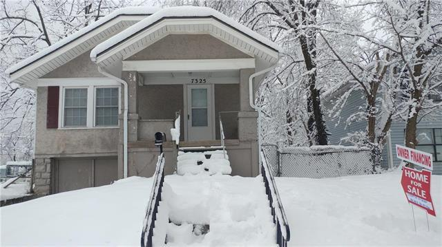 7325 Walrond Avenue, Kansas City, MO 64132 (#2144310) :: Edie Waters Network