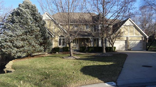1009 NW Silverthorn Drive, Lee's Summit, MO 64081 (#2144431) :: House of Couse Group