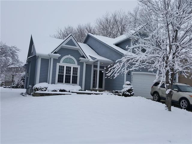 23531 W 73 Terrace, Shawnee, KS 66227 (#2144499) :: House of Couse Group