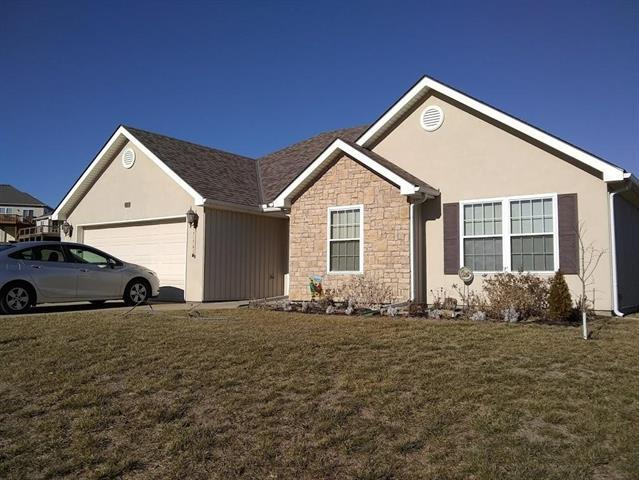 316 Prairie Rose Circle, Smithville, MO 64089 (#2144514) :: Edie Waters Network