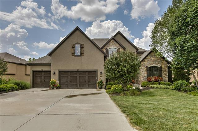 12319 W 164th Terrace, Overland Park, KS 66221 (#2144550) :: The Gunselman Team