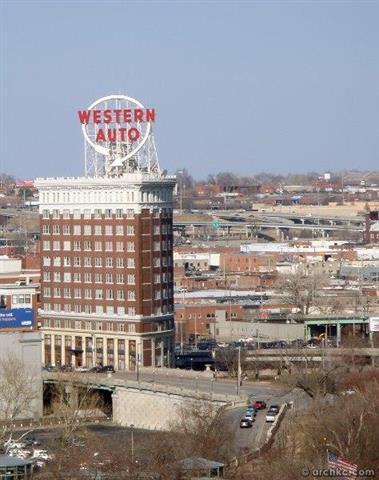 2107 Grand Boulevard #1209, Kansas City, MO 64108 (#2144607) :: The Gunselman Team