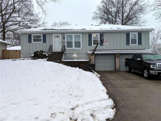 15901 E 36TH Street, Independence, MO 64055 (#2144742) :: Edie Waters Network