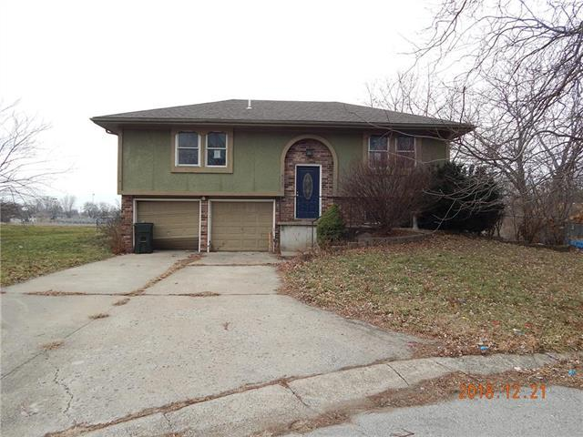 505 S 5th Terrace, Odessa, MO 64076 (#2144746) :: Edie Waters Network