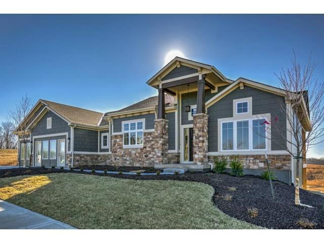 5815 Barn Hill Road, Parkville, MO 64152 (#2144753) :: Edie Waters Network