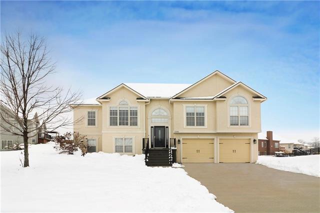 1242 Larson Avenue, Warrensburg, MO 64093 (#2144774) :: No Borders Real Estate