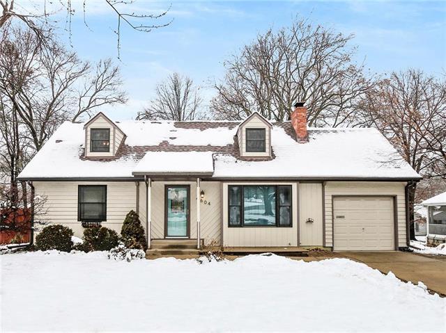 4604 W 77TH Street, Prairie Village, KS 66208 (#2144892) :: House of Couse Group