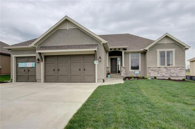 19413 W 201st Street, Spring Hill, KS 66083 (#2144943) :: House of Couse Group