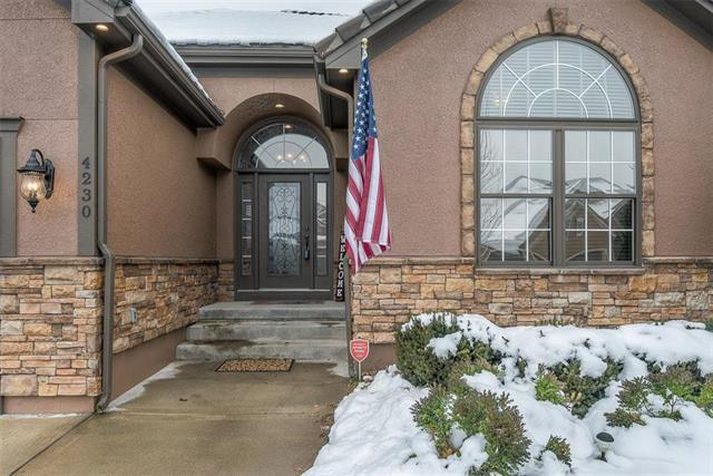 4230 NE Park Springs Drive, Lee's Summit, MO 64064 (#2144947) :: House of Couse Group
