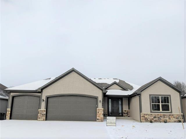 13700 NW 75th Street, Parkville, MO 64152 (#2144956) :: Kansas City Homes