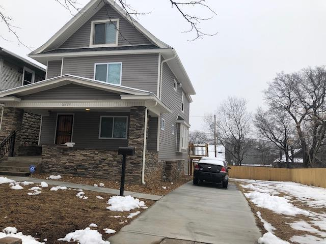 3817 Flora Avenue, Kansas City, MO 64109 (#2145021) :: Dani Beyer Real Estate