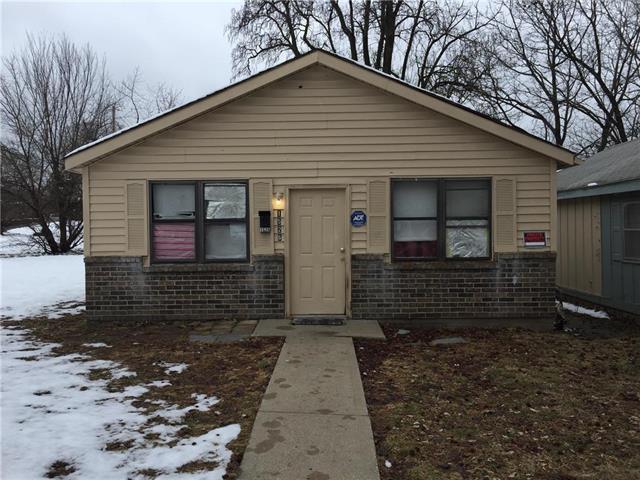 1526 Kensington Avenue, Kansas City, MO 64127 (#2145051) :: Dani Beyer Real Estate