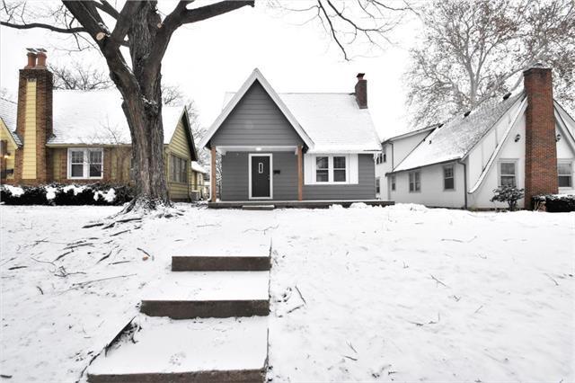 922 E 77th Street, Kansas City, MO 64131 (#2145071) :: Dani Beyer Real Estate