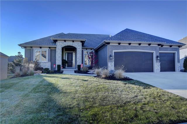 15612 Windsor Street, Overland Park, KS 66224 (#2145075) :: House of Couse Group