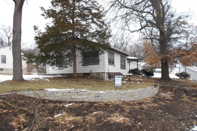 2204 E 74th Street, Kansas City, MO 64132 (#2145175) :: No Borders Real Estate