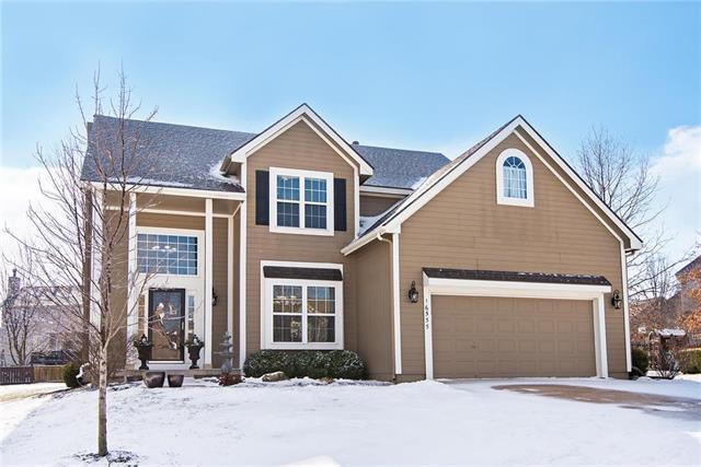 16555 W 155th Place, Olathe, KS 66062 (#2145191) :: The Gunselman Team