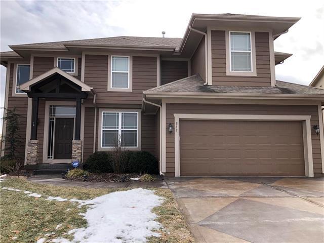 817 W Fountain Street, Gardner, KS 66030 (#2145260) :: Edie Waters Network