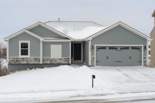 7113 NE 116th Place, Kansas City, MO 64156 (#2145349) :: Kansas City Homes
