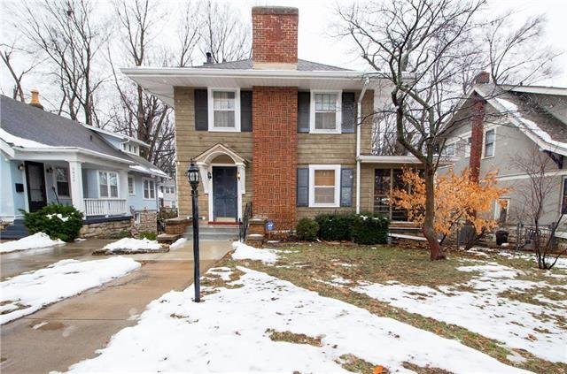 5818 Cherry Street, Kansas City, MO 64110 (#2145403) :: Edie Waters Network