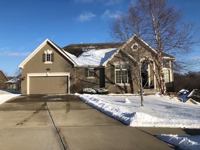 12814 W 49th Terrace, Shawnee, KS 66216 (#2145446) :: Edie Waters Network