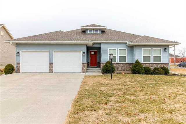 4502 Hallbrook Drive, St Joseph, MO 64506 (#2145646) :: Edie Waters Network