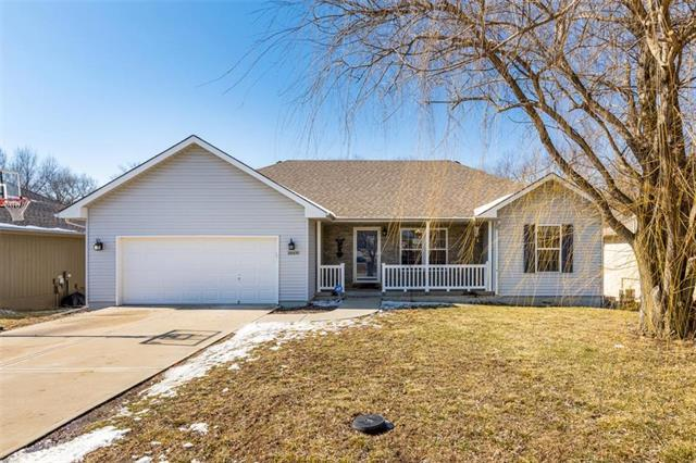 18600 Woodruff Street, Smithville, MO 64089 (#2145687) :: Eric Craig Real Estate Team