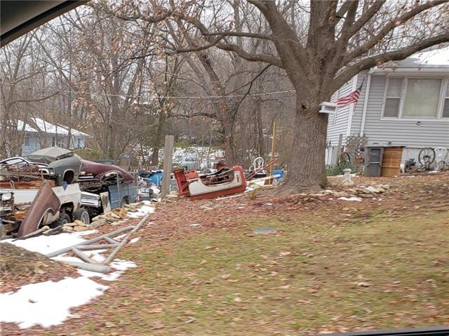 4226 Hawthorne Street, Kansas City, MO 64133 (#2145696) :: The Gunselman Team